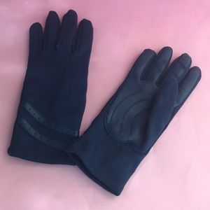 Vintage navy blue nylon gloves with lining